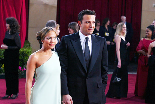, Jennifer Lopez May Still Have Ben Affleck's Engagement Ring, Past Publicist Says, Indian & World Live Breaking News Coverage And Updates
