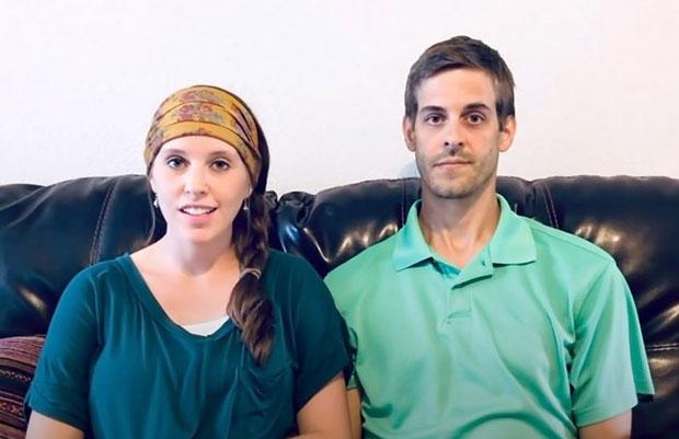 Jill Duggar Shades Family
