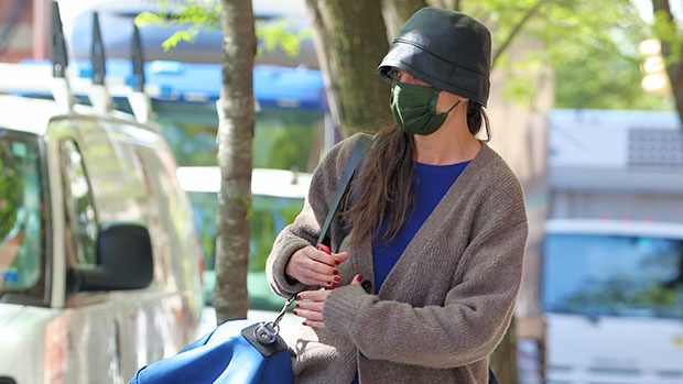Katie Holmes & Daughter Suri Cruise, 15, Rock Matching Cardigans While Out & About In NYC.jpg