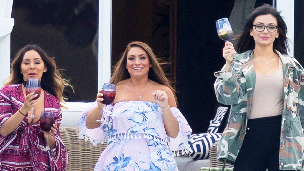 Deena & JWoww Reveal Whether They've Considered Quitting 'Jersey Shore' Like Snooki.jpg