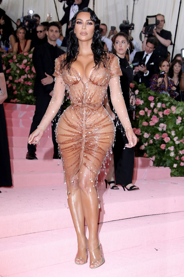 Kim Kardashian Is Nude and Touches Herself in NSFW