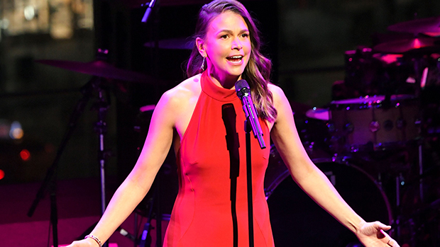 Sutton Foster Recalls 'Emotional' Return To The Stage After Quarantine & Admits She Was 'A Little Rusty'