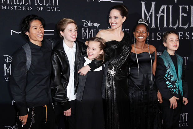 Angelina Jolie, Pax Jolie-Pitt, Shiloh Jolie-Pitt, Vivienne Jolie-Pitt, Knox Jolie-Pitt, Zahara Jolie-Pitt