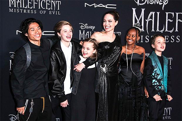 Brad Pitt & Angelina's family