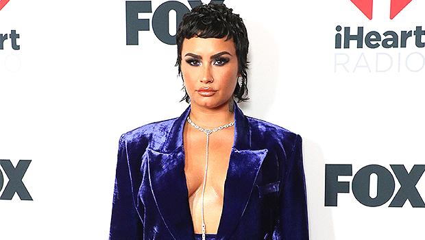 Lovato nacked demi Demi Lovato