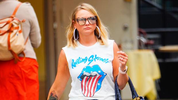 Miranda Lambert Rocks Ripped Daisy Dukes While Shopping For Cowboy Hats — Photo.jpg
