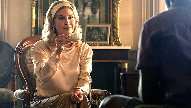 Photo of 'Outer Banks': Elizabeth Mitchell On The Season 2 Ending Twist & Why [Spoiler] Shouldn't Trust Carla