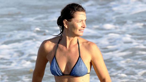 Paulina Porizkova, 56, Looks Amazing In Bikini By The Pool As She Embraces 'Aging' — Photo