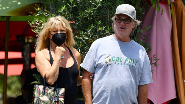 Goldie Hawn & Kurt Russell Look So Cute On Romantic Lunch Date After 38 Years Together.jpg