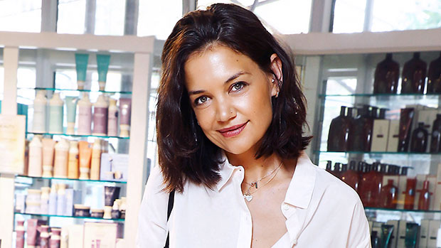 Katie Holmes Wears A Diamond Nose Ring While Out In NYC, Proving the 90's Are Cool Again.jpg