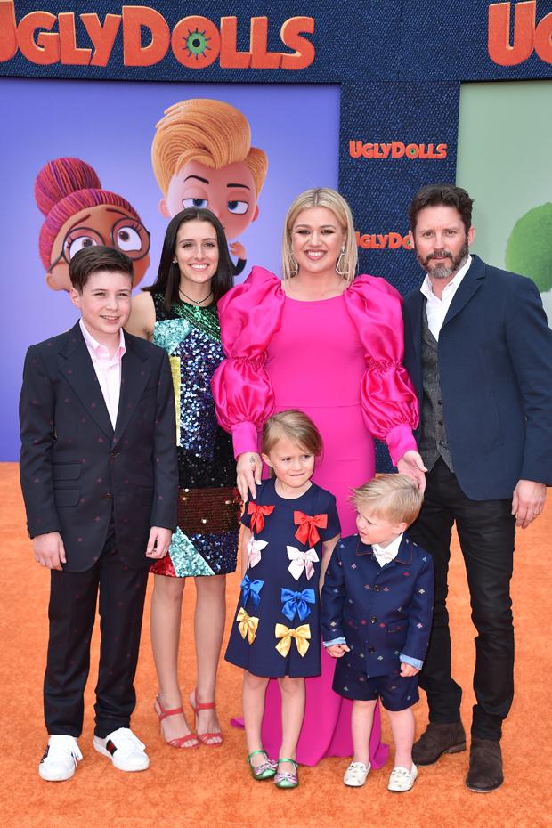Kelly Clarkson's family