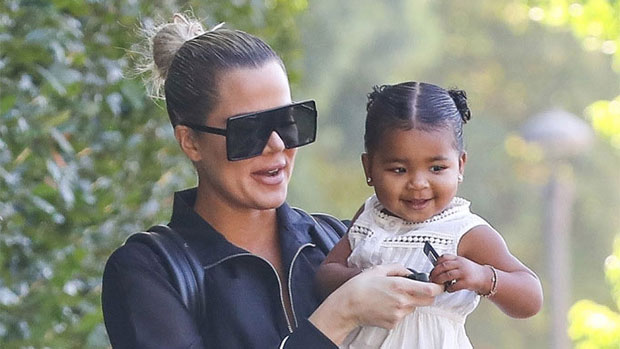Khloe Kardashian Snuggles Up To Daughter True, 3, & Nieces Penelope, 9, & Chicago, 3 For Cute Photo thumbnail