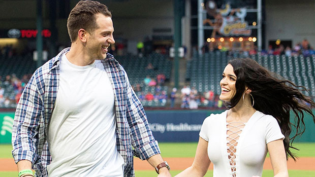 'Bachelor In Paradise' Alums Raven Gates & Adam Gottschalk Are Expecting Their First Child.jpg