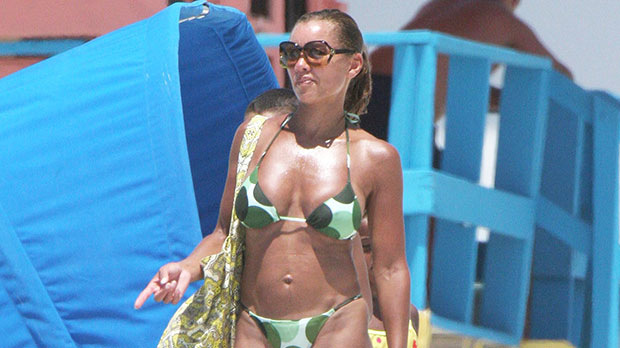 Vanessa Williams, 58, Confidently Poses In White Swimsuit On The Beach – See Photo.jpg