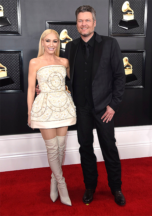 Gwen Stefani Gives Fans A Glimpse Of Her Wedding Dress And Vera Wang Preserved Flowers - Light Home News