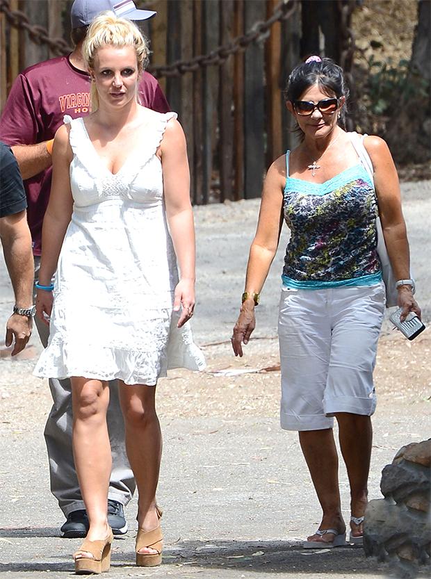 Britney & Lynne Spears