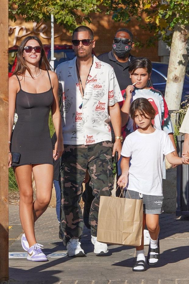 amelia hamlin and scott disick and his kids