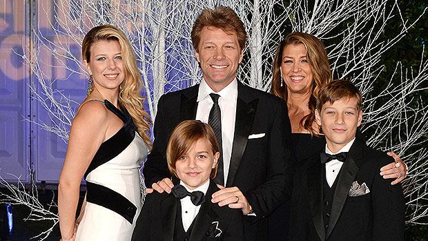 jon bon jovi with his wife and kids