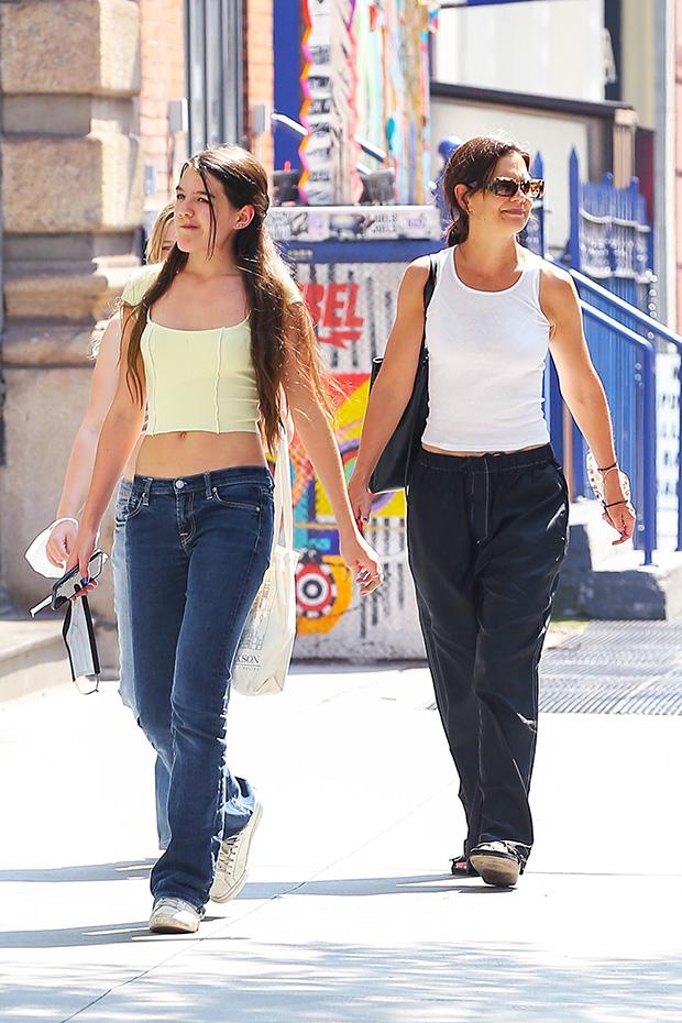 Suri Cruise and Katie Holmes