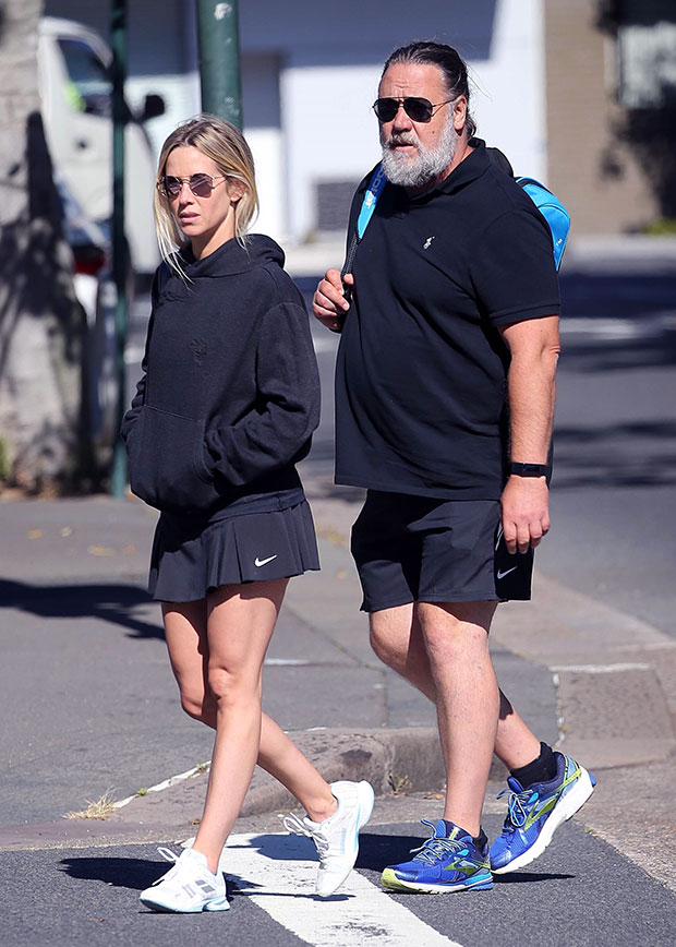 Russell Crowe & girlfriend Britney Theriot