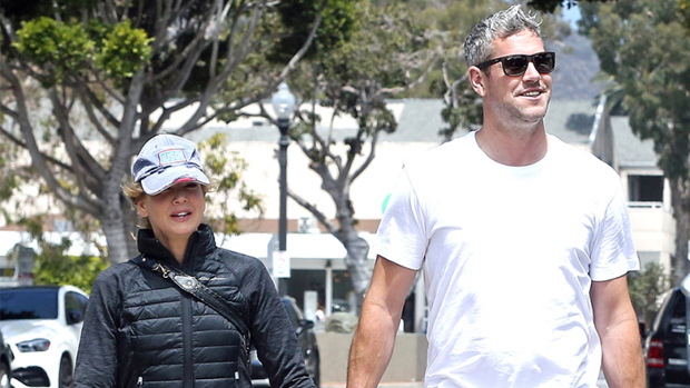 Ant Anstead & Renee Zellweger Snuggle Together As They Go Instagram Official After 3 Mos. Of Dating.jpg