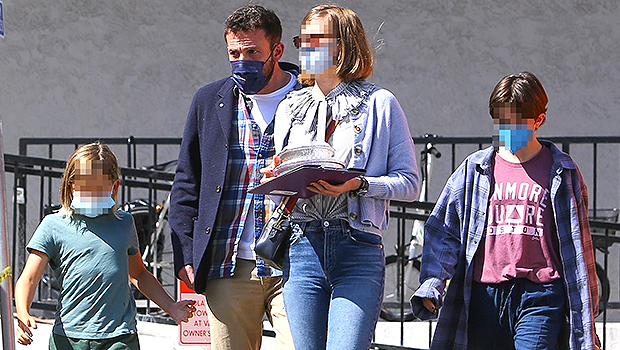 Ben Affleck Takes His 3 Kids Out For A Lunch Date In LA After His Met Gala Kiss With J.Lo.jpg