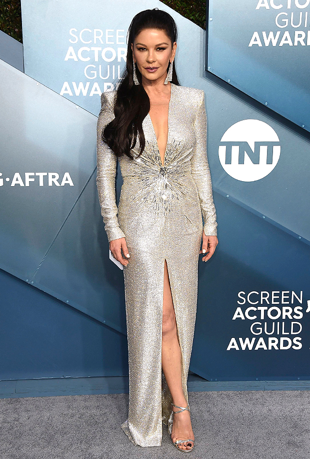 Catherine Zeta Jones Reveals Naturally Curly Hair Amp Makeup Free Face Hellip