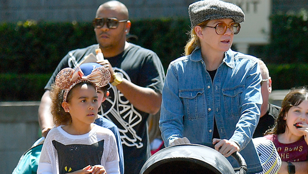 Ellen Pompeo's Kids: Everything To Know About The 'Grey's Anatomy' Star's 3 Little Ones.jpg