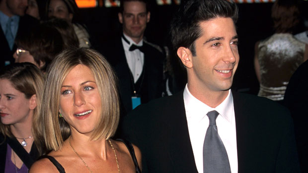 Jennifer Aniston Reveals The Hilarious Way Her Pals Trolled Her Over David Schwimmer Romance Rumors
