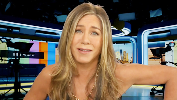 Jennifer Aniston Freaks After Mistakenly Thinking An Interviewer Called Her A 'Hooker' On Zoom.jpg