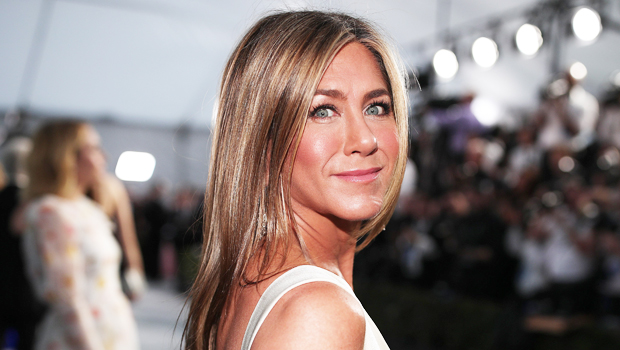 Jennifer Aniston Says She's Skipping Emmys For Her Own Safety – Hollywood Life