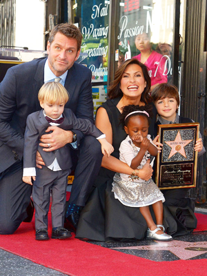 Picture - Mariska Hargitay & Peter Hermann's Family: See Photos Of The Actors & Their Kids