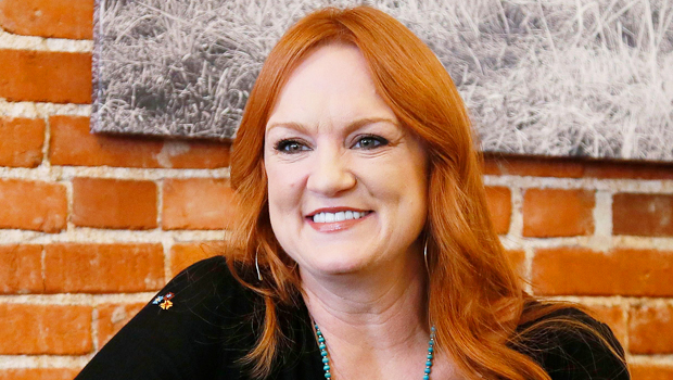 'Pioneer Woman' Ree Drummond Shares Photos Of Her Wedding Gown On 25th Anniversary To Husband Ladd.jpg
