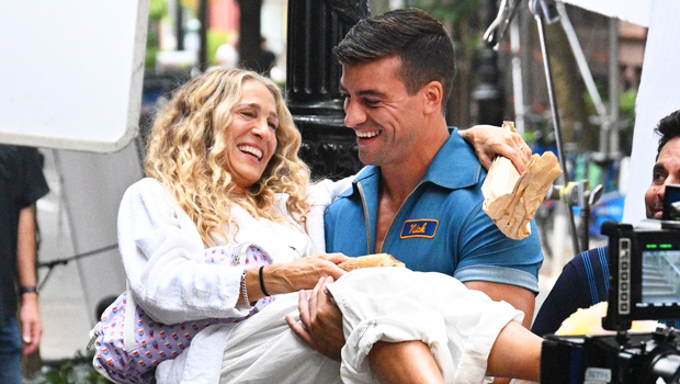 Sarah Jessica Parker Gets Lifted By Muscular Mystery Man While Filming 'Sex & The City' Revival.jpg