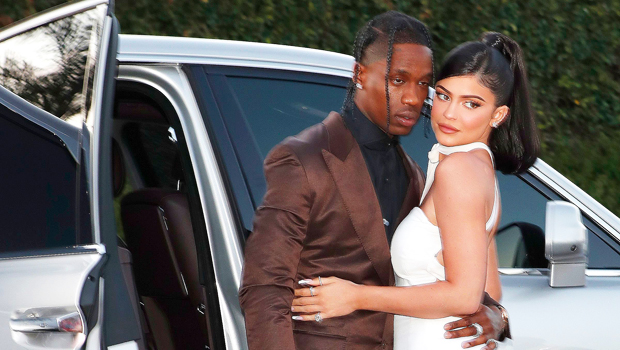 Travis Scott Calls Kylie Jenner His 'Love' After She Sends Him Flowers For VMAs Win.jpg