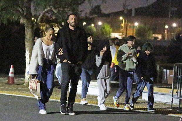 Ben Affleck, J.Lo & Kids