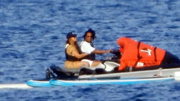 Beyonce Rocks Tiny Bikini While Jet-Skiing With JAY-Z On European Vacation – Photos.jpg
