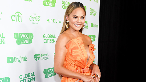 Chrissy Teigen Reveals She's Had 'Cheek Fat' Removed In Surgery: 'No Shame'.jpg