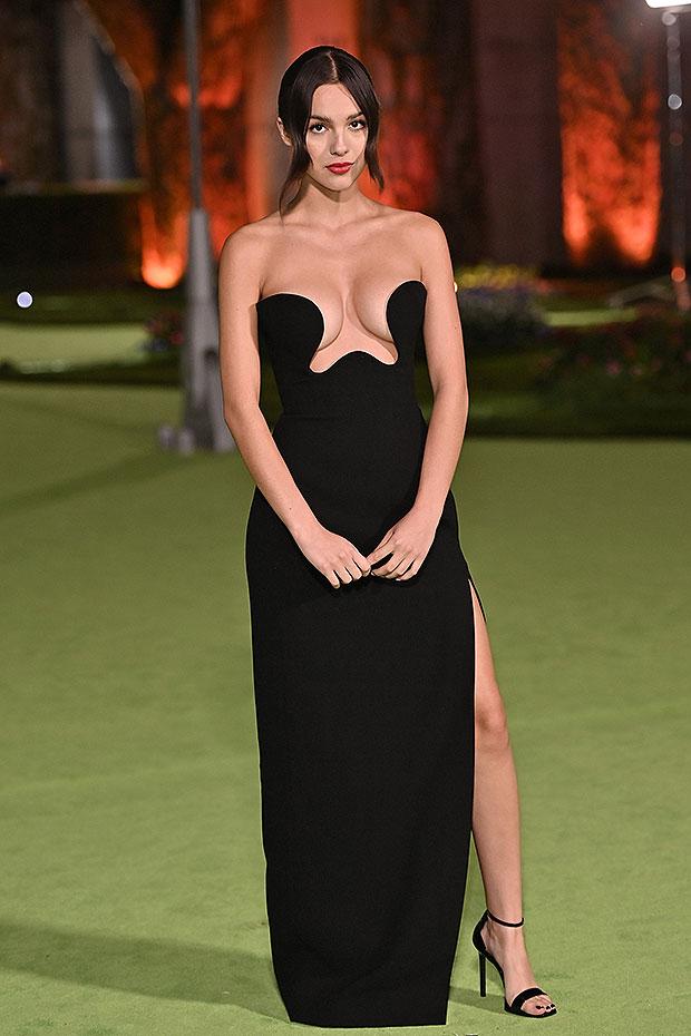 Olivia Rodrigo rocks a strapless black dress for the Oscars Museum Party – Hollywood Life