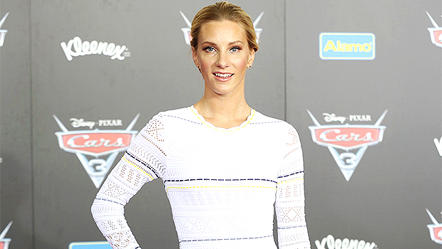 'Glee's' Heather Morris Dresses Like Britney Spears & Does 'Slave For U' Dance Perfectly 11 Years Later.jpg