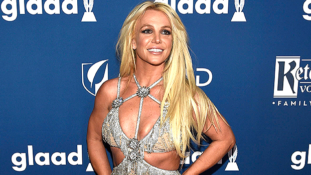 Britney Spears Proudly Flaunts Her Abs In Crop Top In Sexy New Dance Video.jpg