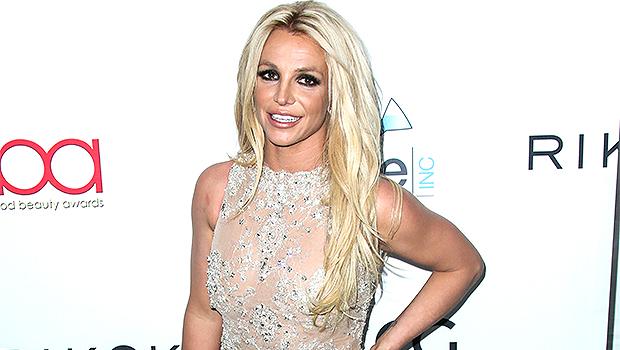 How Britney Spears Feels About Inviting Sister Jamie Lynn & Dad Jamie To Her Wedding.jpg