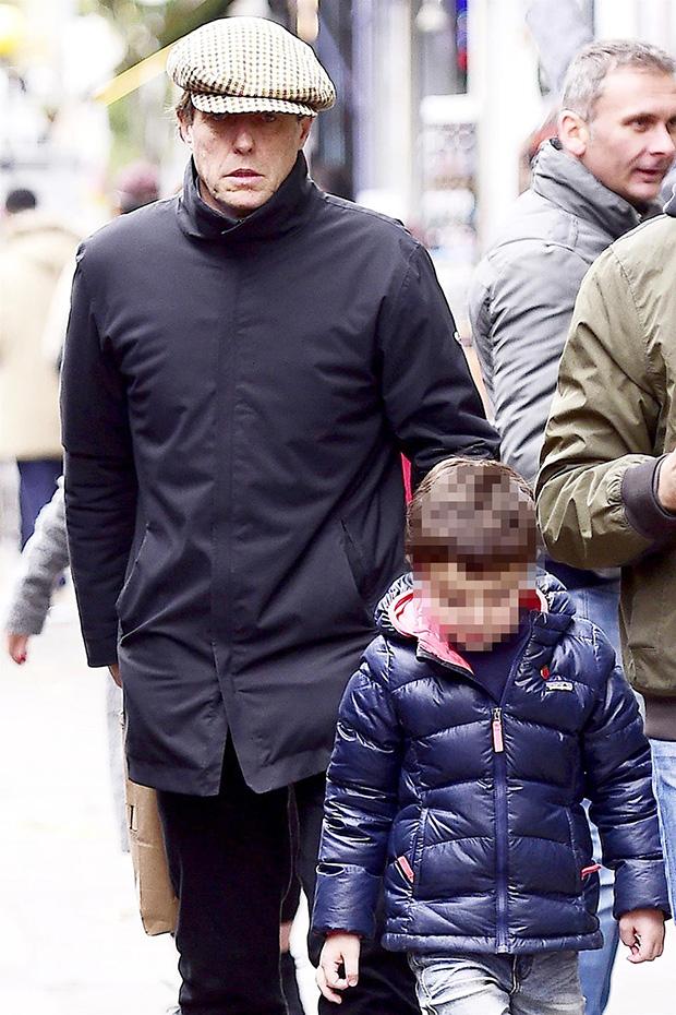 Hugh Grant avec son fils John